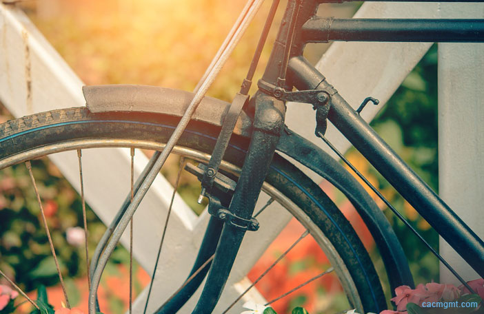 HOA community: Regulating bicycles on balconies